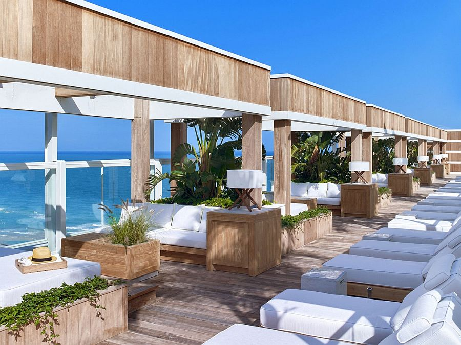 Relaxing-oceanfront-lounge-of-the-1-Hotel-South-Beach