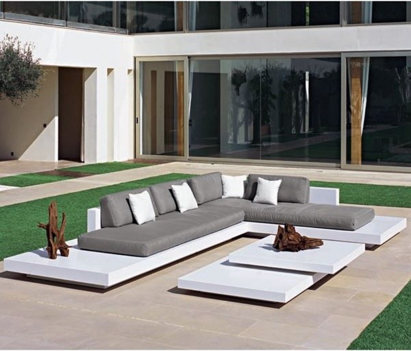 platform-outdoor-sectional-sofa-outdoor-sofas